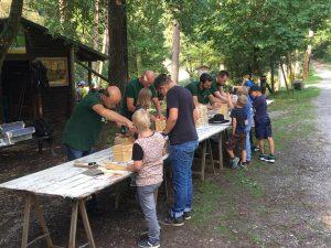 Ferienspaß im Wildgehege - Es wurde ordentlich gebaut und gebastelt